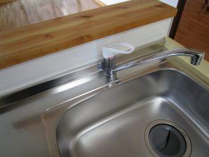 キッチン(シンク)のハウスクリーニングを川崎市多摩区栗谷にて【清掃事例901】