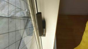ガラスサッシのハウスクリーニングを川崎市川崎区川中島にて【清掃事例908】