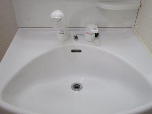 洗面所のハウスクリーニングを川崎市高津区梶ヶ谷にて【清掃事例903】
