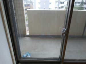 ガラスサッシのハウスクリーニングを川崎市中原区北谷町にて【清掃事例921】