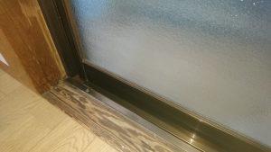 ガラスサッシのハウスクリーニングを川崎市高津区明津にて【清掃事例854】