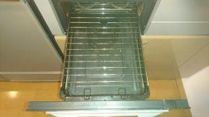 キッチンのハウスクリーニングを川崎市中原区井田杉山町にて【清掃事例930】