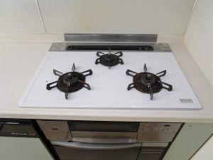 キッチン(五徳)のハウスクリーニングを川崎市中原区新城にて【清掃事例852】