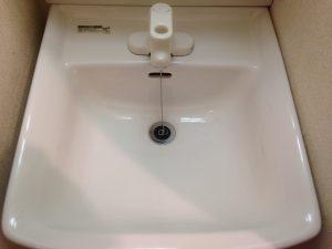 洗面所のハウスクリーニングを川崎市多摩区南生田にて【清掃事例955】