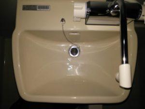 洗面所のハウスクリーニングを川崎市宮前区梶ヶ谷にて【清掃事例949】