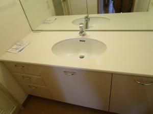 洗面所のハウスクリーニングを川崎市川崎区大師駅前にて【清掃事例972】