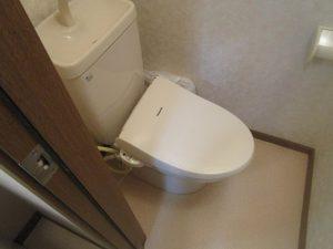 トイレのハウスクリーニングを川崎市中原区井田中ノ町にて【清掃事例979】
