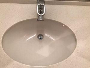 洗面所のハウスクリーニングを横浜市金沢区朝比奈町にて【清掃事例1067】