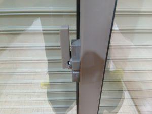 ガラスサッシのハウスクリーニングを横浜市都筑区あゆみが丘にて【清掃事例1098】