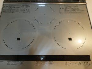 キッチン(IH)のハウスクリーニングを川崎市川崎区浅田にて【清掃事例1041】