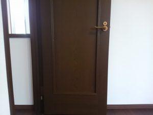 建具のハウスクリーニングを東京都大田区中央にて【清掃事例1367】