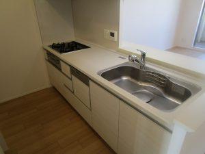 キッチン(シンク)のハウスクリーニングを川崎市多摩区栗谷にて【清掃事例1374】