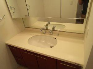 洗面所のハウスクリーニングを横浜市瀬谷区相沢にて【清掃事例1360】