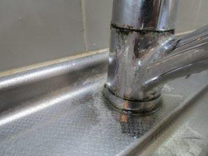 キッチンのハウスクリーニングを横浜市中区赤門町にて【清掃事例1361】