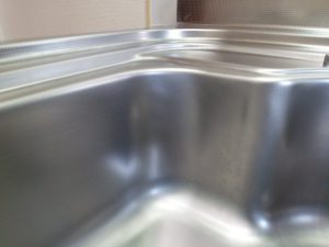 キッチン(シンク)のハウスクリーニングを川崎市宮前区水沢にて【清掃事例1444】
