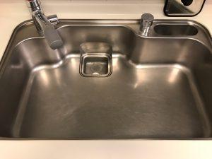 キッチン(シンク)のハウスクリーニングを川崎市宮前区宮崎にて【清掃事例1445】