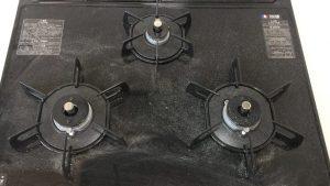 キッチン(五徳)のハウスクリーニングを川崎市川崎区中島にて【清掃事例1609】